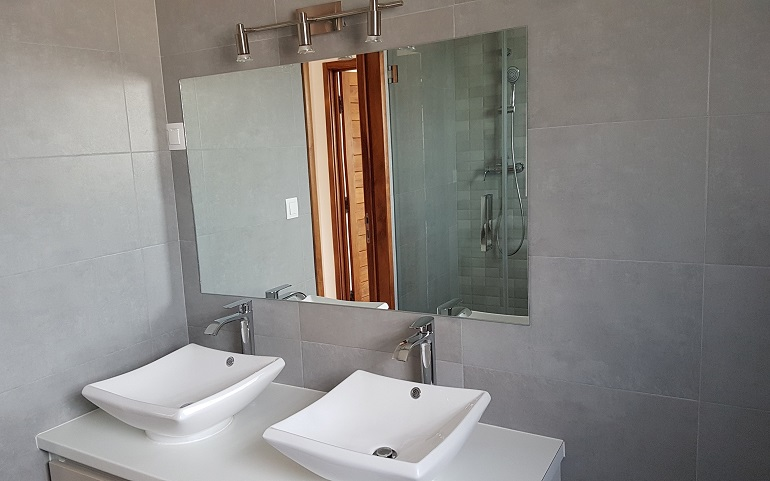 AMBATOBE – APPARTEMENT T4 DE STANDING DANS UNE RESIDENCE TRES SECURISEE – REF 2019-AOBA11